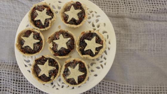 Healthful Christmas Fruit Mince Pie